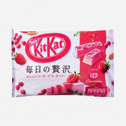 Kit Kats Strawberry Cheesecake